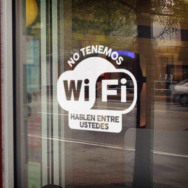 Stickers muraux: No tenemos wifi hablen entre ustedes