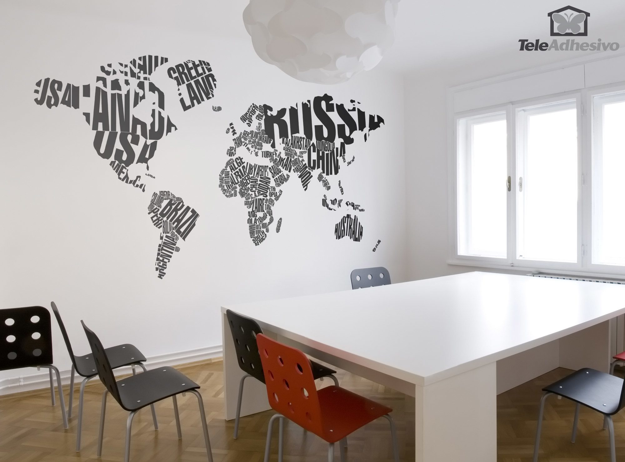sticker mural carte du monde typographique. Black Bedroom Furniture Sets. Home Design Ideas